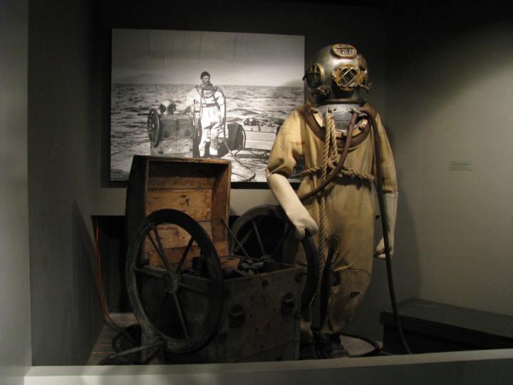 Columbia River Maritime Museum{Oregon}