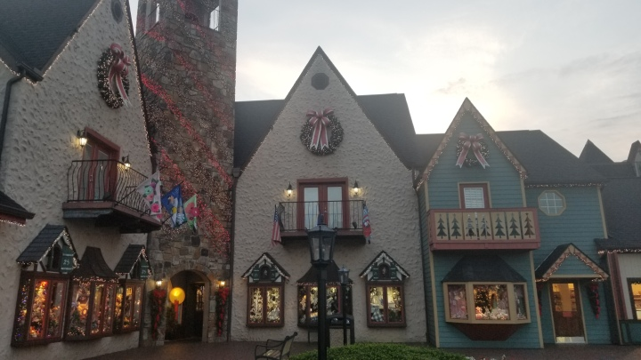 Christmas Place {Tennessee}