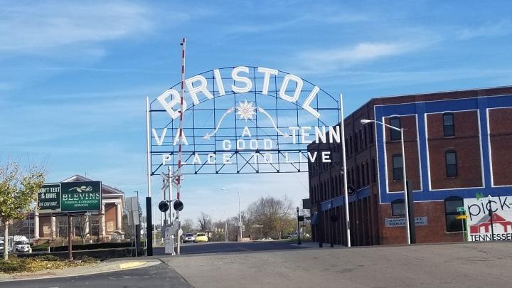 Bristol {Tennessee &Virginia}