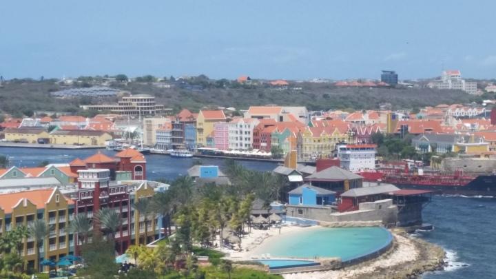 Travel Challenge- Day 6 :: Willemstad{Curaçao}