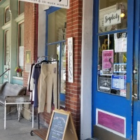Antiquing in Bell Buckle {Tennessee}